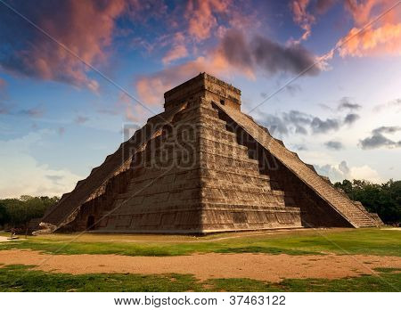 The Feather Serpent - Equinox In Kukulkan Pyramid, Chichen Itza