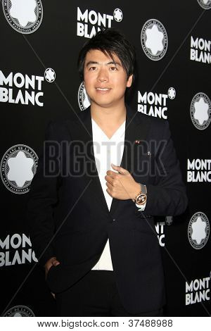 LOS ANGELES - OCT 2: Lang Lang at the Montblanc 2012 Montblanc De La Culture Arts Gala honoring Quincy Jones at Chateau Marmont on October 2, 2012 in Los Angeles, California