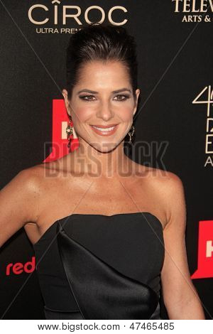 BEVERLY HILLS - JUN 16: Kelly Monaco at the 40th Annual Daytime Emmy Awards at The Beverly Hilton Hotel on June 16, 2013 in Beverly Hills, California
