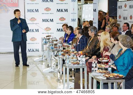 MOSCOW - OCT 22: Soviet and russian singer Iosif Kobzon performs before guests of holiday at salon World of Leather and Fur during celebration Phoney New Year, October 22, 2012, Moscow, Russia.