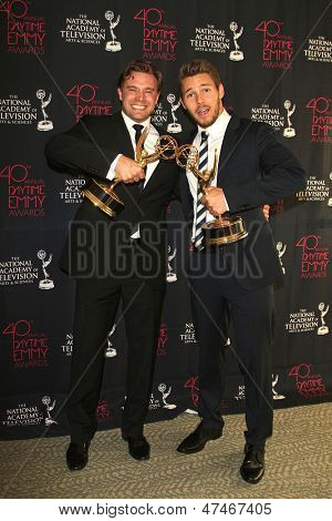 BEVERLY HILLS - JUN 16: Billy Miller (L) and Scott Clifton with the Outstanding Supporting Actor in a Drama Series award at the 40th Annual Daytime Emmy Awards on June 16, 2013 in Beverly Hills, CA
