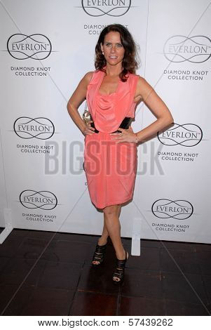 Amy Landecker at Everlon Diamond Knot Collection Honors Carey Mulligan, Chateau Marmont, Los Angeles, CA. 03-05-10