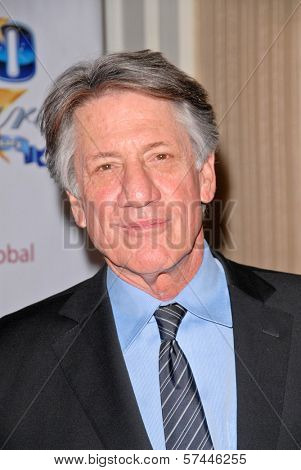 Stephen Macht  at the 2010 Night of 100 Stars Oscar Viewing Party, Beverly Hills Hotel, Beverly Hills, CA. 03-07-10