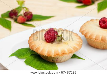 Raspberries Tart