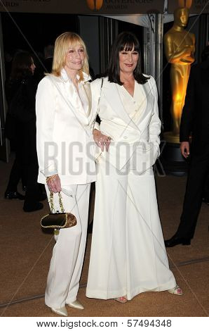 Sally Kellerman and Anjelica Huston at the 2009 Governors Awards presented by the Academy of Motion Picture Arts and Sciences, Grand Ballroom at Hollywood and Highland Center, Hollywood, CA. 11-14-09
