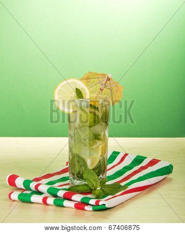 Cold drink with lemon slice, spearmint