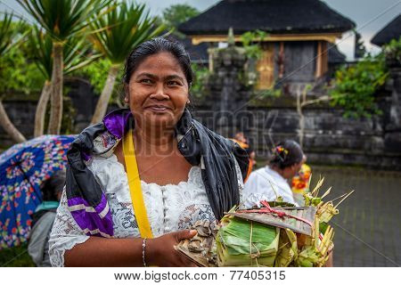 Balinese Lady Going To Pray