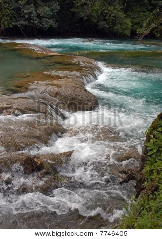 Wasserfall-Agua Azul-Mexiko