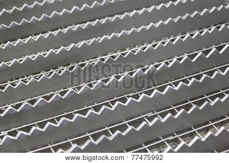 shaped lattice of metal