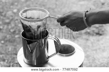 Thailand Traditional Coffee Boiling Method