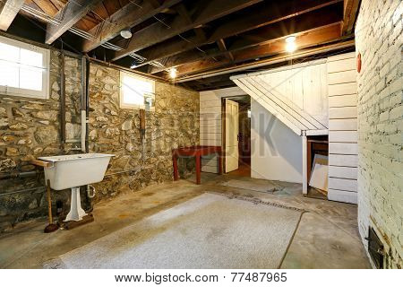 Basement Room With Stone Trim Walls