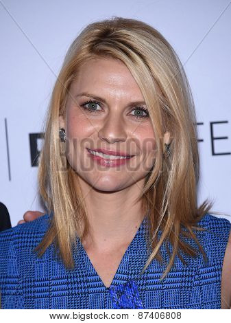 LOS ANGELES - MAR 06:  Claire Danes arrives to the Paleyfest 2015