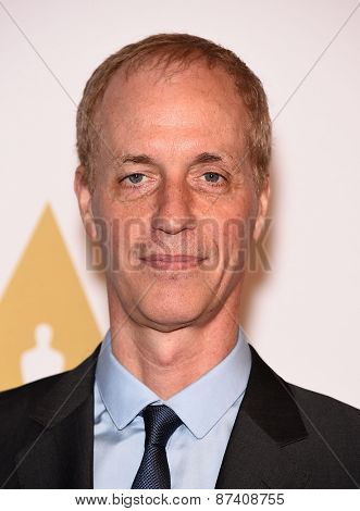 LOS ANGELES - FEB 02:  Dan Gilroy arrives to the Oscar Nominee Reception  on February 2, 2015 in Beverly Hills, CA