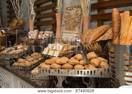 Bakery product assortment with bread