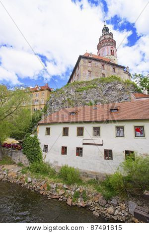 River Shore And Castle On The Rock In City Of Cesky Krumlov