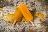 image of popsicle  - Effect of melting in the heat of the all fruit popsicles - JPG