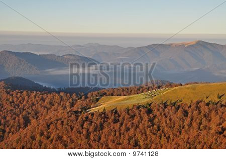 Autumn morning in mountains
