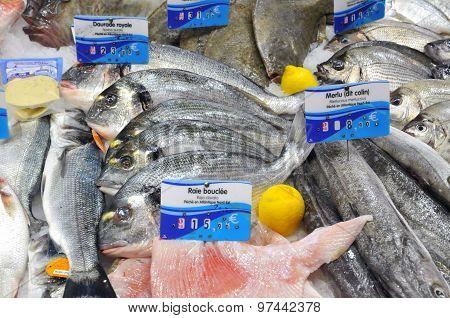 Bretagne, Fish Shop In The Market Of Pornichet In Loire Atlantique
