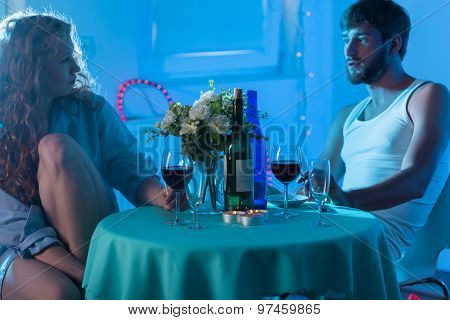 Date In The Motel