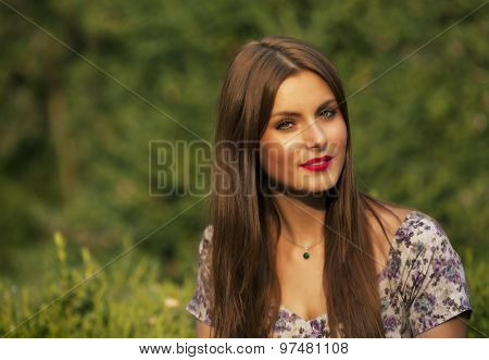 Art fashion portrait of young gorgeous brunette woman - shallow depth of field