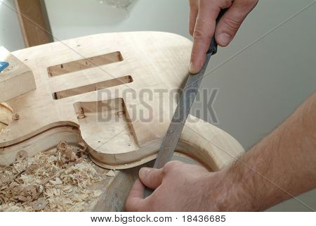 construction of an electric guitar