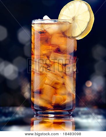 iced tea glamour shot