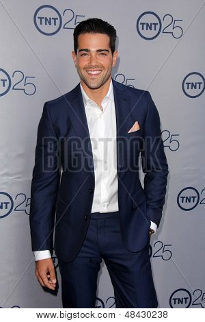 LOS ANGELES - JUL 24:  Jesse Metcalfe arrives at TNT's 25th Anniversary Party at the Beverly Hilton Hotel on July 24, 2013 in Beverly Hills, CA