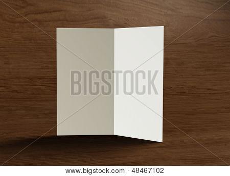 Leaflet binnen presentatie hout