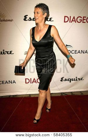 LOS ANGELES - NOVEMBER 09: Jamie Lee Curtis at the 2006 Partners Award Gala presented by Oceana at Esquire House November 09, 2006 in Los Angeles, CA.