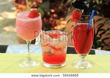 Strawberry Juice ,soda And Smoothie