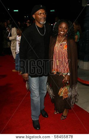 BEVERLY HILLS - DECEMBER 05: Samuel L Jackson and LaTanya Richardson at the World Premiere of