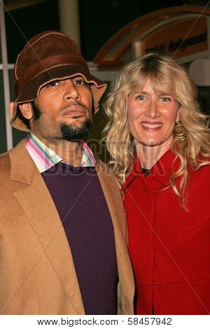 HOLLYWOOD - DECEMBER 13: Ben Harper and Laura Dern at the Los Angeles Premiere of