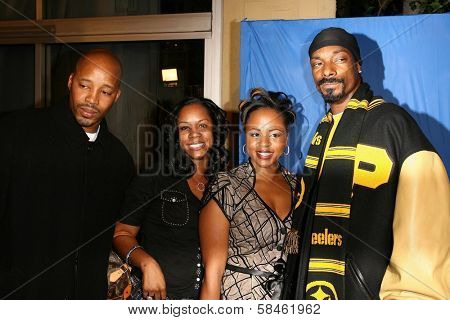 Snoop Dogg, Warren G at the premiere of