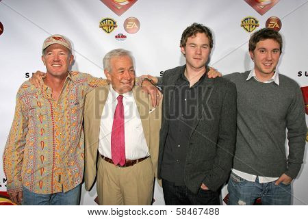 HOLLYWOOD - NOVEMBER 16: Marc McClure and Jack Larson with Aaron Ashmore and Sam Huntington at the