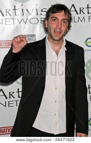 LOS ANGELES - NOVEMBER 12: Scott Lowell at the 2006 Artivists Awards at Egyptian Theatre November 12, 2006 in Hollywood, CA.