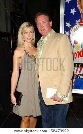 HOLLYWOOD - JULY 26: Faith Majors and Lee Majors at the Premiere Of