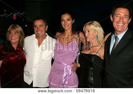 UNIVERSAL CITY - JULY 19: Susan Olsen and Christopher Knight with Adrianne Curry and Barry Williams at the Premiere Screening of