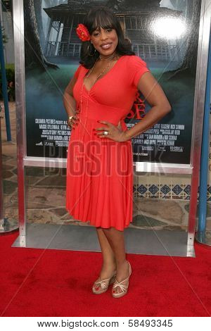 WESTWOOD - JULY 17: Niecy Nash at the premiere of