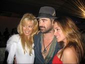 LOS ANGELES - DECEMBER 02: Shanna Olson, Colin Farrell and Alicia Arden at a party for AXE Cologne f