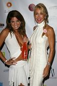 SANTA MONICA - JULY 23: Bridgetta Tomarchio, Linda Thompson at the Sexy Summer Soire Party hosted by