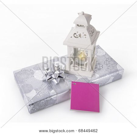 A gift box with ramadan lamp and an empty tag