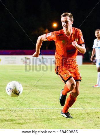 Sisaket Thailand-july 13: Brent Mcgrath Of Sisaket Fc. (orange) In Action During Thai Premier League