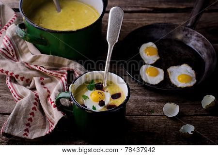 Potato Soup - Mashed Potatoes With Fried Eggs