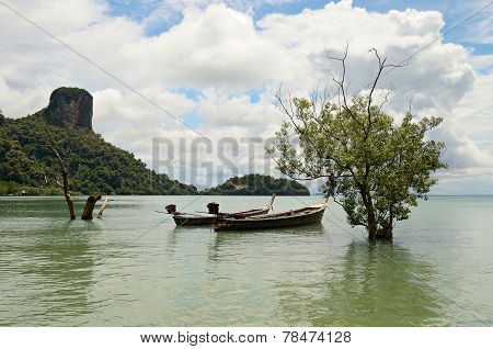 Longtail Boat In Railey