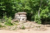 pic of megaliths  - Dolmens - JPG