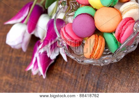 Colourful tasty macaroons - macarons