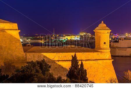 Fortifications Of Valletta At Night - Malta