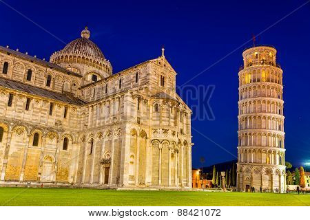 The Leaning Tower Of Pisa And The Cathedral In The Evening
