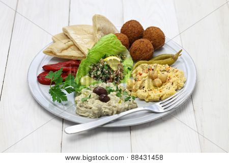hummus, falafel, baba ganoush, tabbouleh and pita