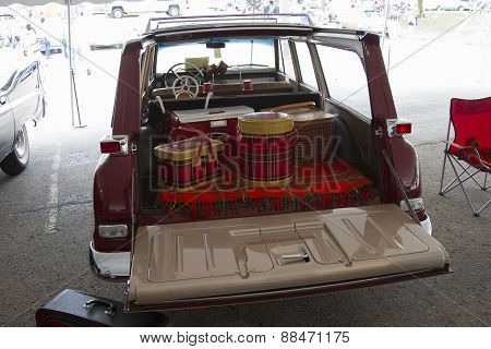 1964 Studebaker Wagonairre Car